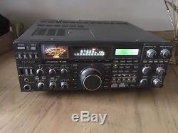 KENWOOD HF TRANSCEIVER TS-940S withAUTOMATIC ANTENNA TUNER UNIT HAM RADIO